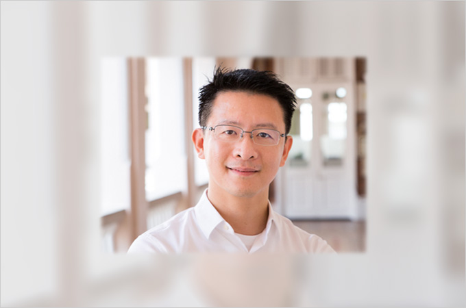HKU scientist elected as Institute of Electrical and Electronics Engineers Fellow 2021